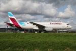 たみぃさんが、アムステルダム・スキポール国際空港で撮影したユーロウイングス A320-214の航空フォト(写真)