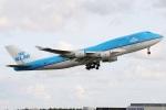 たみぃさんが、アムステルダム・スキポール国際空港で撮影したKLMオランダ航空 747-406Mの航空フォト(写真)
