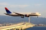 JA946さんが、関西国際空港で撮影したデルタ航空 767-332/ERの航空フォト(写真)