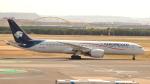 誘喜さんが、マドリード・バラハス国際空港で撮影したアエロメヒコ航空 787-9の航空フォト(写真)