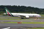 Timothyさんが、成田国際空港で撮影したアリタリア航空 777-243/ERの航空フォト(写真)