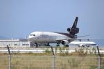 つっさんさんが、関西国際空港で撮影したUPS航空 MD-11Fの航空フォト(写真)