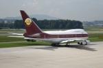 nobu2000さんが、チューリッヒ空港で撮影したワールドワイド・エアクラフト 747SP-21の航空フォト(写真)