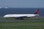 神宮寺ももさんが、羽田空港で撮影したデルタ航空 777-232/ERの航空フォト(写真)