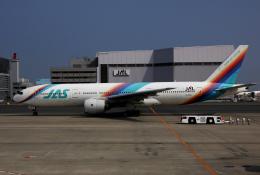 チャーリーマイクさんが、羽田空港で撮影した日本エアシステム 777-289の航空フォト(写真)