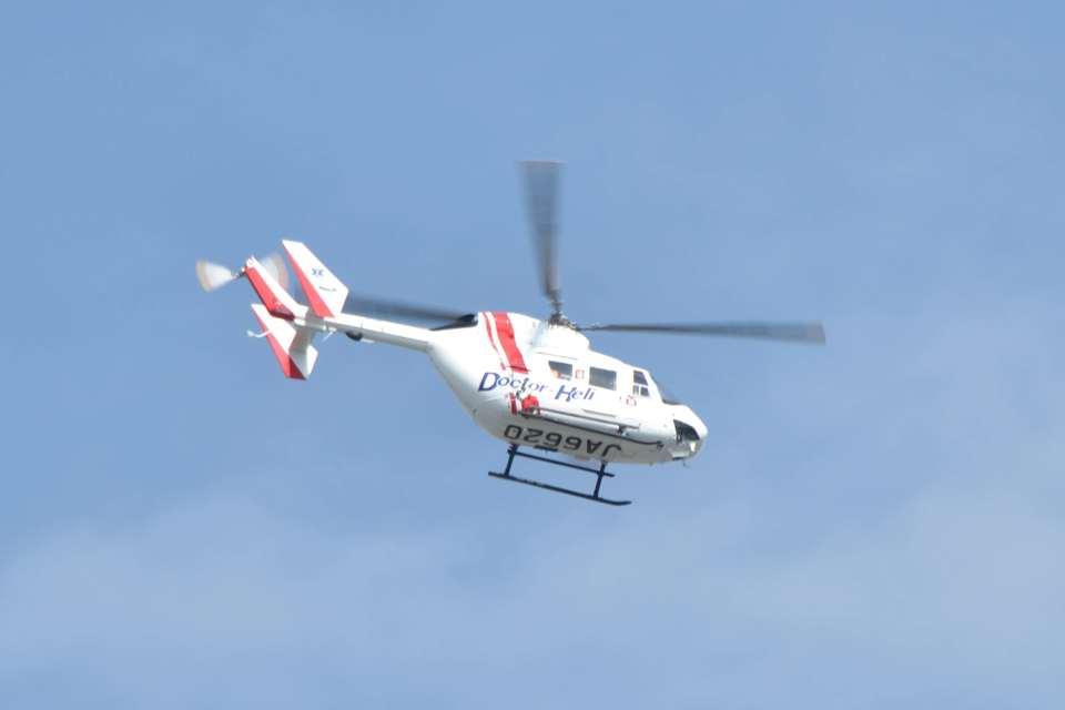 canaanさんの東北エアサービス Kawasaki BK117 (JA6620) 航空フォト
