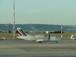 よこちゃんさんが、マルセイユ・プロバンス空港で撮影したエールリネール ATR-42-500の航空フォト(飛行機 写真・画像)