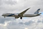 IL-18さんが、ロンドン・ヒースロー空港で撮影したエル・アル航空 787-9の航空フォト(写真)