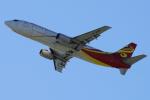 yabyanさんが、関西国際空港で撮影した揚子江快運航空 737-44P(SF)の航空フォト(飛行機 写真・画像)