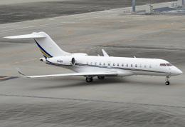 tsubasa0624さんが、羽田空港で撮影したプライベートエア BD-700 Global Express/5000/6000の航空フォト(写真)