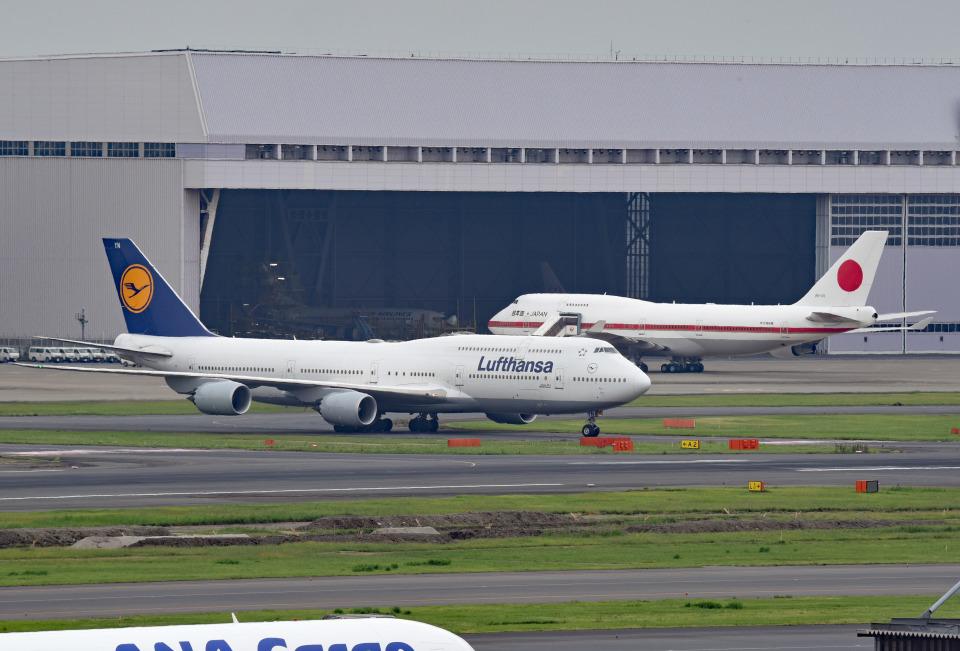 tsubasa0624さんのルフトハンザドイツ航空 Boeing 747-8 (D-ABYN) 航空フォト