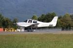 やまけんさんが、松本空港で撮影した日本個人所有 SR22 G3-GTSXの航空フォト(写真)