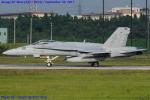 Chofu Spotter Ariaさんが、厚木飛行場で撮影したアメリカ海兵隊 F/A-18C Hornetの航空フォト(写真)