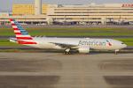 PASSENGERさんが、羽田空港で撮影したアメリカン航空 777-223/ERの航空フォト(写真)