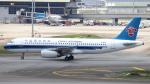 誘喜さんが、クアラルンプール国際空港で撮影した中国南方航空 A320-232の航空フォト(写真)