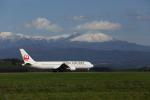 birdlandさんが、旭川空港で撮影した日本航空 767-346の航空フォト(写真)