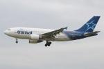 たみぃさんが、ロンドン・ガトウィック空港で撮影したエア・トランザット A310-304の航空フォト(写真)