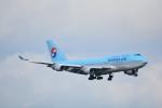 LEGACY-747さんが、新千歳空港で撮影した大韓航空 747-4B5の航空フォト(写真)