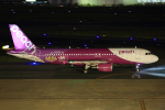 板付蒲鉾さんが、福岡空港で撮影したピーチ A320-214の航空フォト(写真)