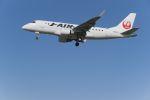 lonely-wolfさんが、伊丹空港で撮影したジェイ・エア ERJ-170-100 (ERJ-170STD)の航空フォト(写真)