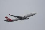 buntaroさんが、成田国際空港で撮影したカンタス航空 A330-303の航空フォト(写真)