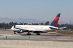 チャッピー・シミズさんが、ロサンゼルス国際空港で撮影したデルタ航空 767-332/ERの航空フォト(写真)