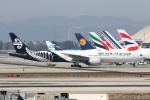 チャッピー・シミズさんが、ロサンゼルス国際空港で撮影したニュージーランド航空 777-319/ERの航空フォト(写真)