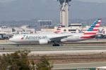 チャッピー・シミズさんが、ロサンゼルス国際空港で撮影したアメリカン航空 777-223/ERの航空フォト(写真)