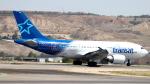 誘喜さんが、マドリード・バラハス国際空港で撮影したエア・トランザット A310-304の航空フォト(写真)