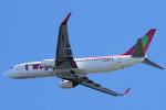 yabyanさんが、関西国際空港で撮影したティーウェイ航空 737-86Jの航空フォト(飛行機 写真・画像)
