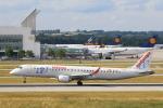 安芸あすかさんが、ミュンヘン・フランツヨーゼフシュトラウス空港で撮影したエア・ヨーロッパ・エクスプレス ERJ-190-200 LR (ERJ-195LR)の航空フォト(写真)