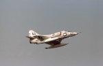 ノビタ君さんが、厚木飛行場で撮影したアメリカ海軍 A-4E Skyhawkの航空フォト(写真)