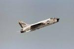 ノビタ君さんが、厚木飛行場で撮影したアメリカ海軍 F-8H Crusaderの航空フォト(写真)