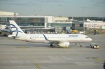 kamerajiijiさんが、ロンドン・ヒースロー空港で撮影したエーゲ航空 A320-232の航空フォト(写真)