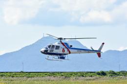 Gambardierさんが、岡南飛行場で撮影したつくば航空 AS350B Ecureuilの航空フォト(写真)