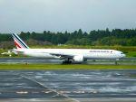 まいけるさんが、成田国際空港で撮影したエールフランス航空 777-328/ERの航空フォト(写真)