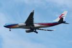 ぎんじろーさんが、成田国際空港で撮影した中国東方航空 A330-243の航空フォト(写真)