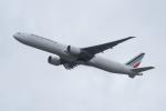 ぎんじろーさんが、成田国際空港で撮影したエールフランス航空 777-328/ERの航空フォト(写真)