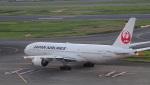 O.TAKUMAさんが、羽田空港で撮影した日本航空 777-289の航空フォト(写真)
