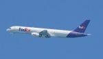 Seiiさんが、シンガポール・チャンギ国際空港で撮影したフェデックス・エクスプレス 757-236の航空フォト(写真)