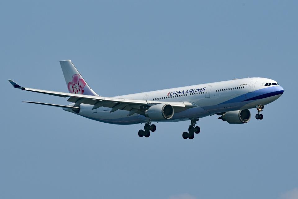 tsubasa0624さんのチャイナエアライン Airbus A330-300 (B-18305) 航空フォト