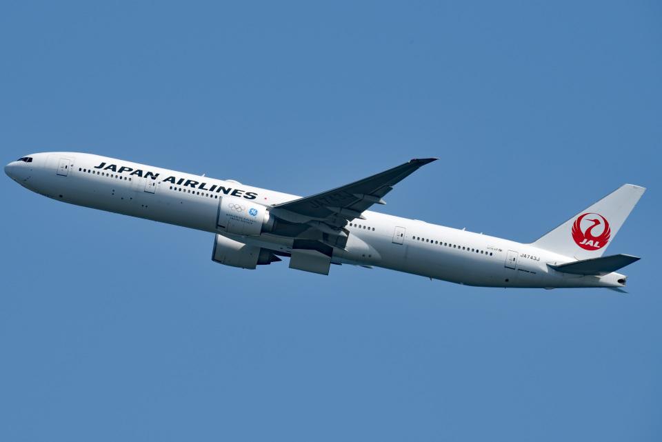 tsubasa0624さんの日本航空 Boeing 777-300 (JA743J) 航空フォト