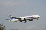senbaさんが、成田国際空港で撮影した全日空 777-381/ERの航空フォト(写真)