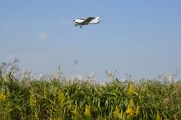 Gambardierさんが、岡南飛行場で撮影した日本法人所有 PA-28-140 Cherokeeの航空フォト(写真)