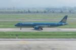 職業旅人さんが、ノイバイ国際空港で撮影したベトナム航空 A321-231の航空フォト(写真)
