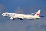 latchさんが、伊丹空港で撮影した日本航空 777-346の航空フォト(写真)