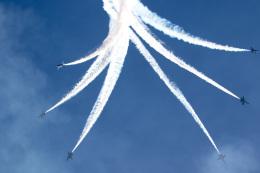 チャッピー・シミズさんが、ロングビーチ空港で撮影したアメリカ海軍 F/A-18C Hornetの航空フォト(飛行機 写真・画像)