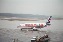 tokadaさんが、チューリッヒ空港で撮影したスルタン・エア 737-248の航空フォト(飛行機 写真・画像)