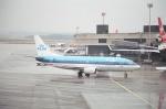 tokadaさんが、チューリッヒ空港で撮影したKLMオランダ航空 737-306の航空フォト(写真)