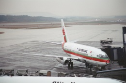 tokadaさんが、チューリッヒ空港で撮影したTAPポルトガル航空 737-230/Advの航空フォト(飛行機 写真・画像)